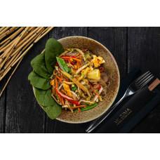 Рисова локшина з яйцем та овочами